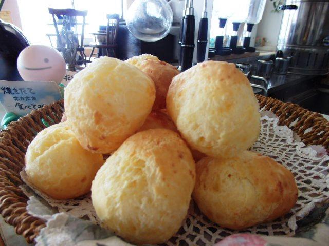 峠の茶屋 特製チーズパン