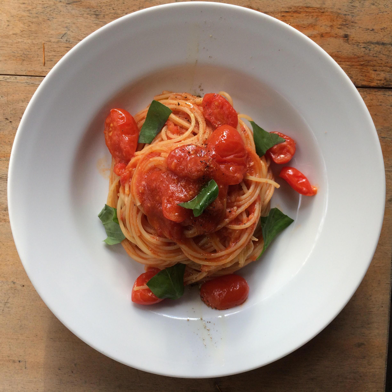 フルーツトマト「あいこ」のトマトソーススパゲッティ